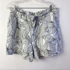 Neiman Marcus linen shorts